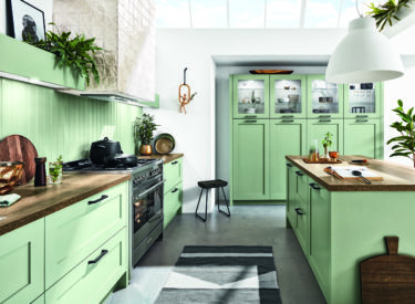Pastel groene landelijke keuken