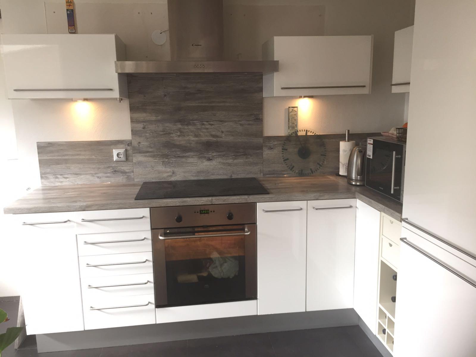witte keuken strak