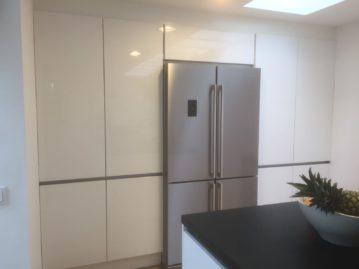 hoge kasten kastenwand keuken